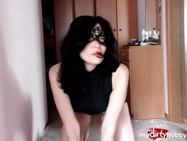 Natalia schrieb und machte ihre Füße nass
